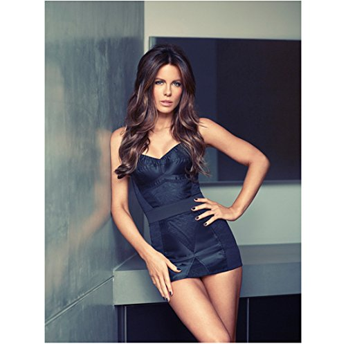 kate beckinsale black dress - 3