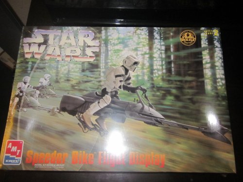 (AMT Ertl Star Wars Speeder Bike Flight Display Model Kit Skill Level 2 )