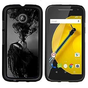YiPhone /// Prima de resorte delgada de la cubierta del caso de Shell Armor - Tinta Poseído Chica Demonio Negro Blanco - Motorola Moto E2 E2nd Gen