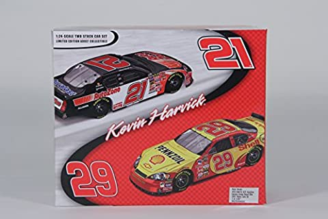 Kevin Harvick #29 Shell & #21 AutoZone / Daytona Sweep Raced Win / 2007 Monte Carlo SS / 1:24 Scale Cars