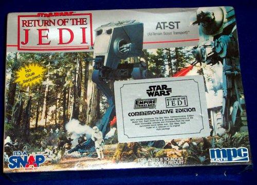 - STAR WARS RETURN OF THE JEDI AT-ST MODEL