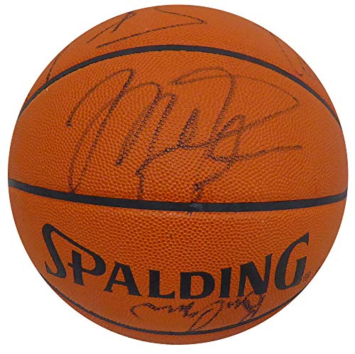 (1990-91 Chicago Bulls Team Signed Autographed Basketball With 11 Signatures Including Michael Jordan & Scottie Pippen First NBA Championship PSA #E33510 )