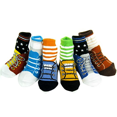 Wrapables Non-Skid Set of Shoe Socks for Baby