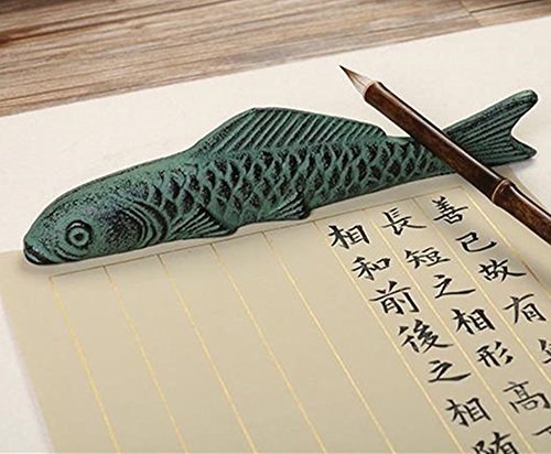 FJ027 Hmayart Iron Paperweight & Brush Rest (Fish)