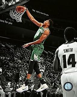 Amazon Com Giannis Antetokounmpo Milwaukee Bucks Action