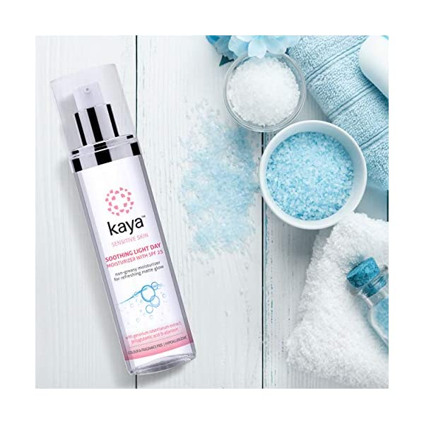 Kaya Clinic Soothing Light Day Moisturizer with SPF 25 nongreasy daily cream colour sulphate fragrance free for… 2021 June It is a non greasy, light moisturizer that is specially created for sensitive skin It soothes, moisturizes and protects our skin from the sun giving a matte refreshing glow This is a daily use moisturizer that is intensely hydrating & gentle, making it suitable for oily, acne prone skin too