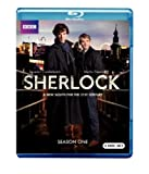 Sherlock: The Complete First Season [Blu-ray]