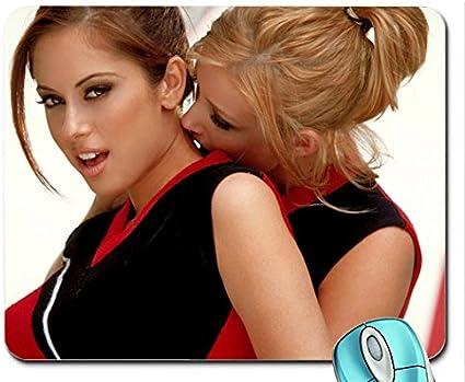 Des lesbiennes dans le bureau