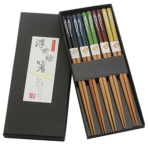 ADLORYEA Chopsticks Set, Japanese Wooden Chopstick with Case, 9 Inches Multicolored Fish Pattern Reusable Natural Wood Chopsticks for 5 Pairs with Gift Box Ancient Chinese Chopsticks