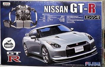 Fujimi 1/24 Nissan GT R R35 W/Engine