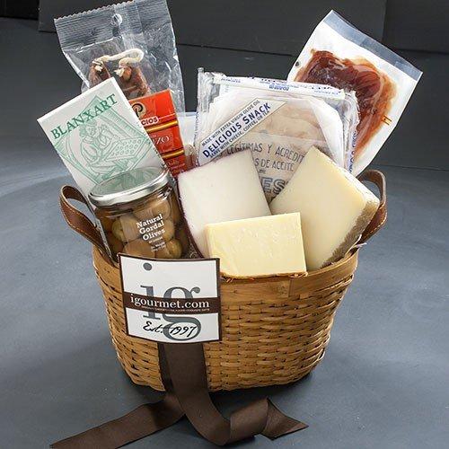 Spanish Fiesta Classic Gift Basket (4.6 pound) (Gift Baskets Spain)