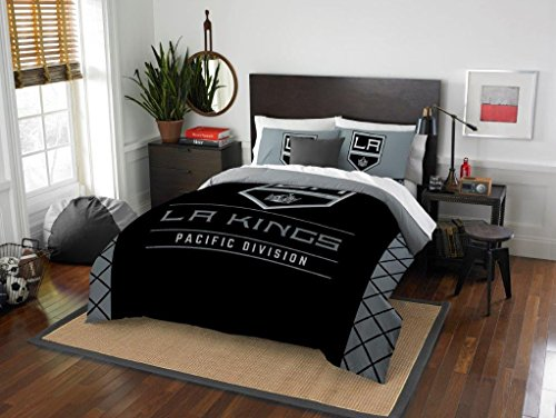 Los Angeles Kings - 3 Piece FULL / QUEEN SIZE Printed Comforter & Shams - Entire Set Includes: 1 Full / Queen Comforter (86