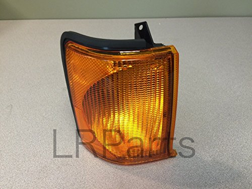 Land Rover Discovery II 99-02 Front Turn Signal Lamp Light Right RH XBD100870 New