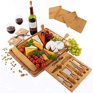 Tagliere da formaggio extra grande set di bambù includere sottobicchieri - Cassetto scorrevole con cavatappi, tappo per… 17