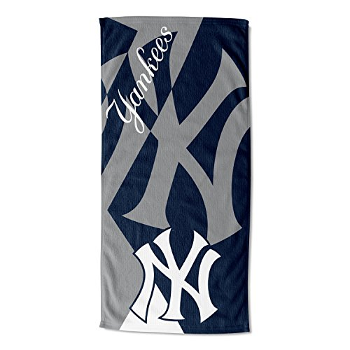 The Northwest Company Officially Licensed MLB New York Yankees Puzzle Beach Towel, 34