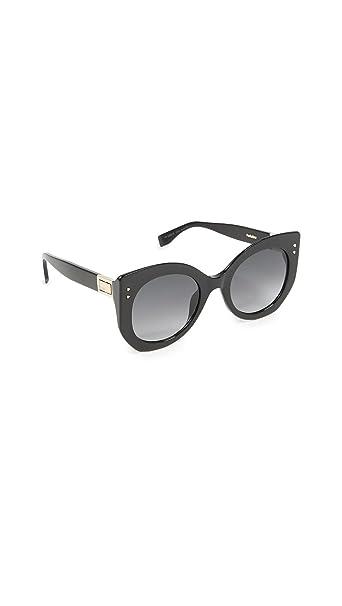 Amazon.com: Fendi mujer remachado anteojos de sol, negro ...