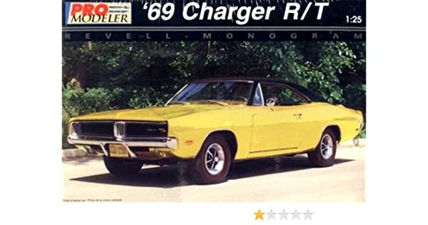 Amazon Pro Modeler 1969 69 Dodge Charger R T 125th Scale Car Model Kit Toys Games