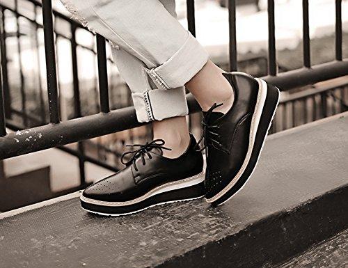 Easemax Womens Fashion Spetsig Tå Låg Skurna Snörning Oxfords Plattform Kil Sneakers Svart