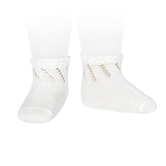 e4e5fc4f4 Cóndor Calcetines cortos de perlé para bebé con calado diagonal  Amazon.es   Ropa y accesorios