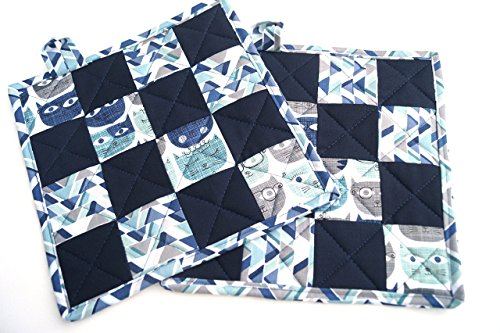 Blue Cat Quilted Patchwork Pot Holders Set