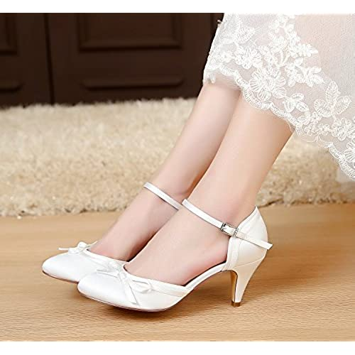 f9b29468a3e LUXVEER Ivory Wedding Shoes Women Sandals with Bowknot Bridal Shoes Low  Heels 2 inch