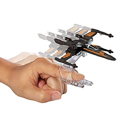 Hot Wheels, Star Wars: The Force Awakens Poe's X-Wing Fighter (Open Wings) Die-Cast Vehicle: Toys & Games