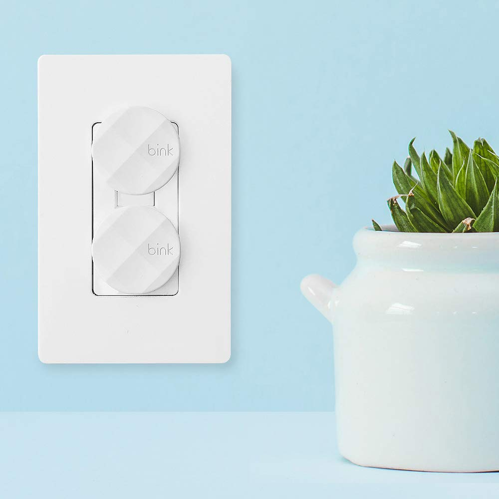 Award Winning Outlet Safety Plug Covers x24 Pack Bink White