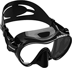 Frameless Masks are loved by many divers for their Low-Profile and ability to Fold-Flat for easy carrying, even in a BCD Pocket. Cressi's F1 mask design bonds a High-Grade Silicone Double Feathered Edge Skirt directly to a Single Tempered Gla...