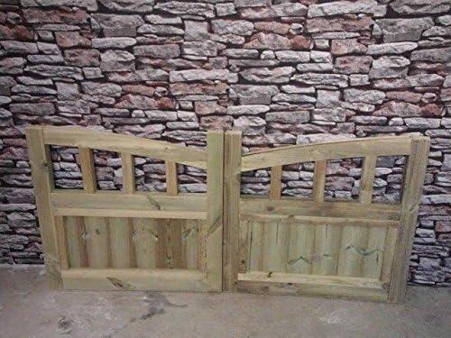 262cm, 8.6ft W = 2 gates @ 131cm W 3ft H Smileswoodcraft Wooden Half Moon Slatted Driveway Gates