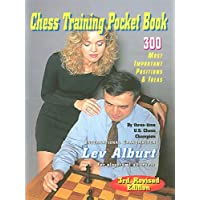 Chess Training Pocket Book: 300 Most Important Positions