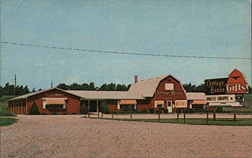 (The Carriage House Hillsdale, Michigan Original Vintage Postcard)