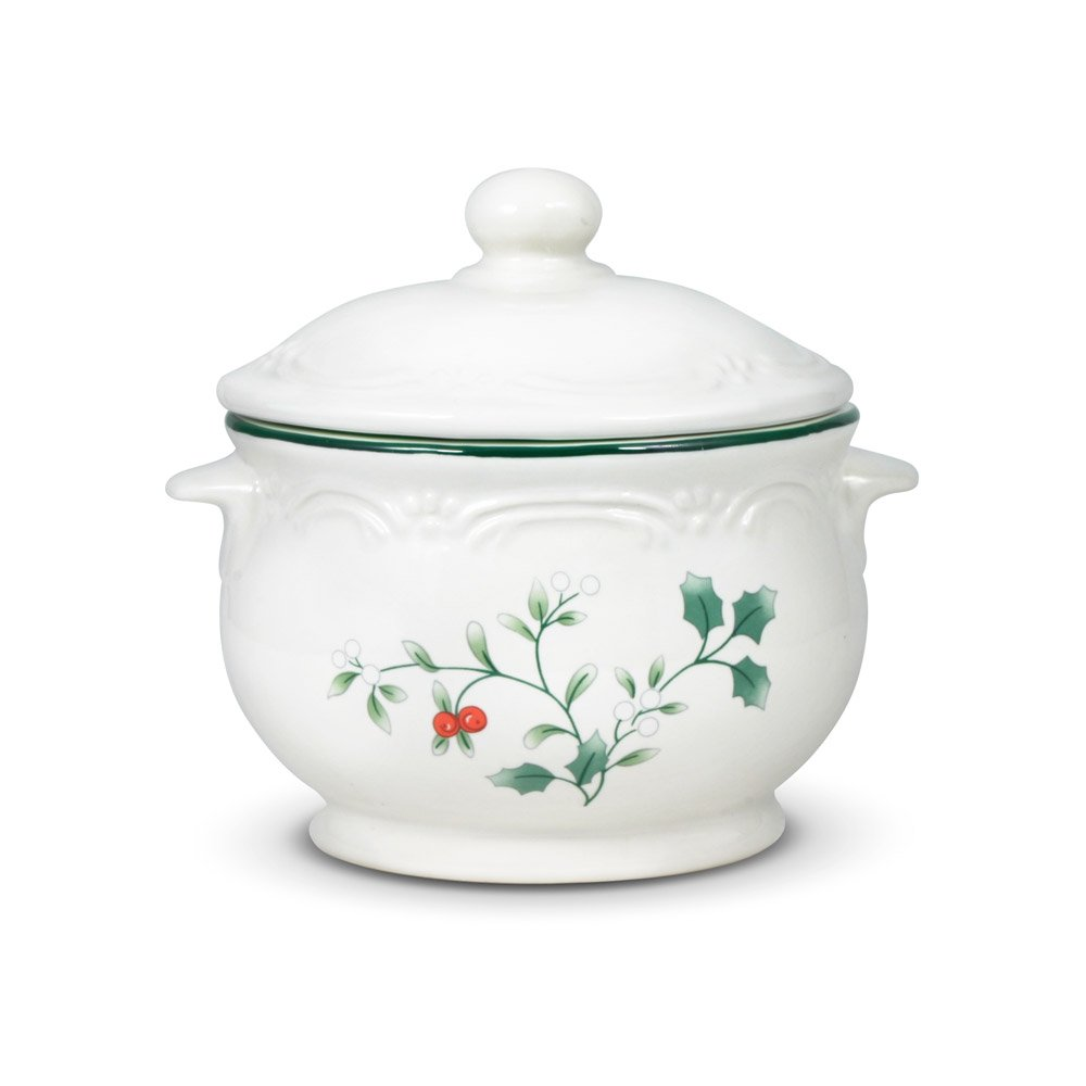 Pfaltzgraff Winterberry Soup Crock with Lid