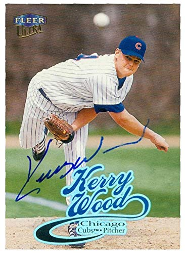 (Kerry Wood autographed baseball card (Chicago Cubs) 1999 Fleer Ultra #100)