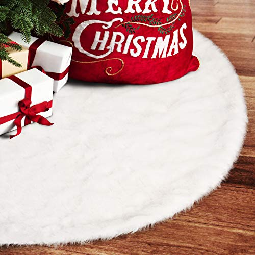 (EDLDECCO 48 inch Snowy White Faux Fur Christmas Tree Skirt Luxury Soft Double Layers a Fine Decorative Handicraft for Holiday Party Pet Favors)