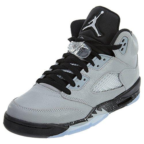 Jordan Big Kids Air Retro 5 Basketball Shoe