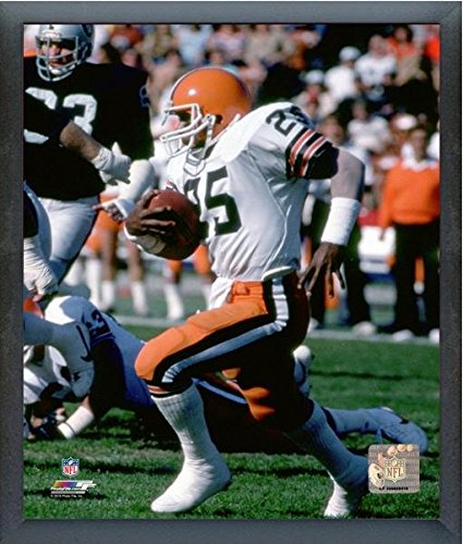 Charles White Cleveland Browns Action Photo (Size: 17