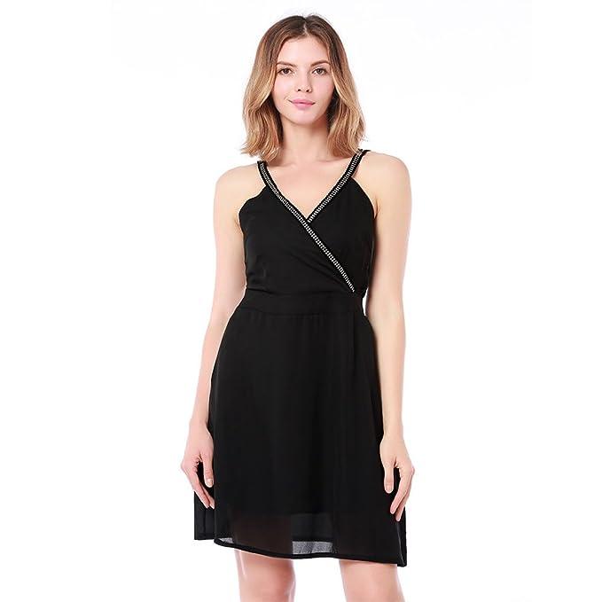 Accesorios para vestido negro cuello v