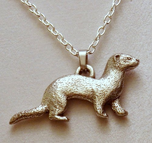 Pewter silver tone ferret necklace (264a)