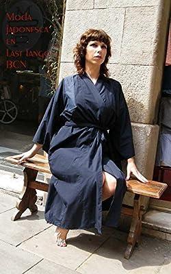 Yukata in blue navy cotton, a japanese-style robe