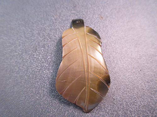 Black/Gold Lip Shell Mother of Pearl Carved Leaf Pendant 1pc #ID-3605