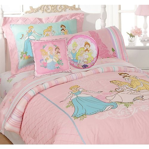 How To Create The Perfect Disney Princess Bedroom