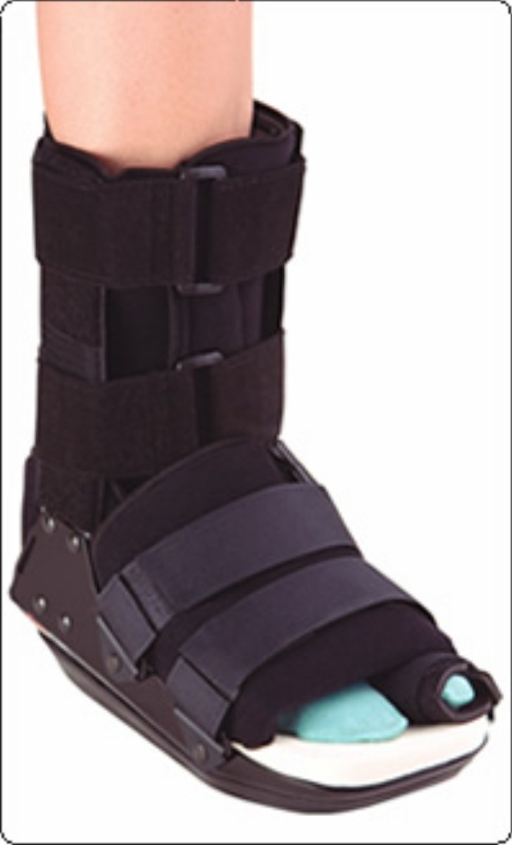 Bledsoe Bunion Walker Cam Boot, Air Ankle/Heel Pad Large