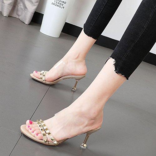 Xue Qiqi Damenschuhe sind cool Hausschuhe weiblichen Nieten tau-Toe Sandalen weiblichen geschlitzt