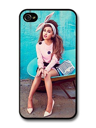 Ariana Grande Blue Background Popstar Singer coque pour iPhone 4 4S