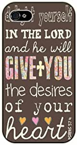 Delight yourself in the Lord and he will give you the desires of your heart - Psalms 37:4 - Bible verse iPhone 4 / 4s black plastic case