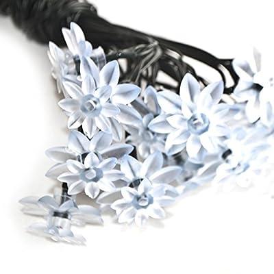 ALEKO® SL30LEDFLWRWH Solar Powered 30 LED White Flower Shaped String Light Christmas Holiday Light 20 Feet