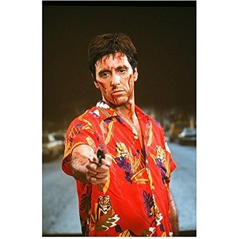 Scarface 1983 8 Inch X10 Inch Photo Al Pacino Red Hawaiian