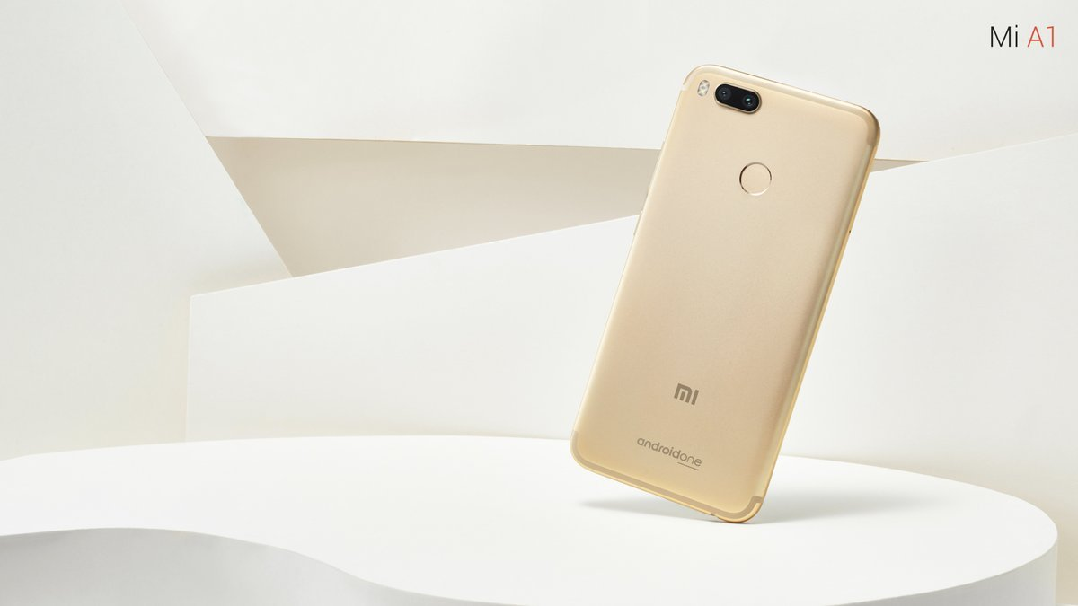 Xiaomi MI A1 (64GB, 4GB RAM) with Android One & Dual Cameras, 5 5