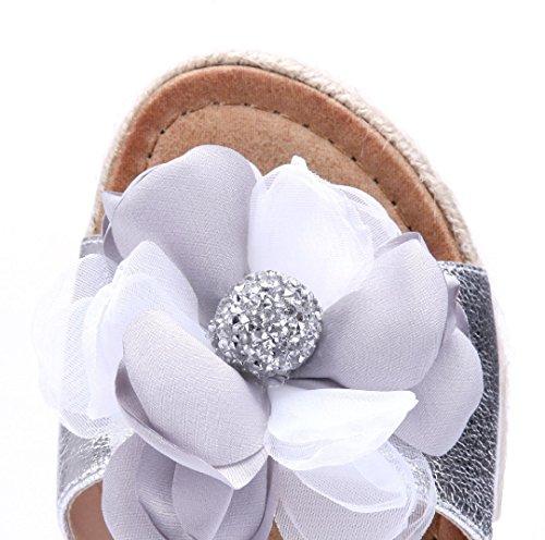 Schuhtempel24 Damen Schuhe Pantoletten Sandalen Sandaletten Flach Blumenapplikation/Ziersteine Silber