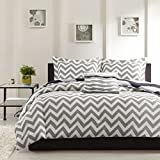 Ahmedabad Basics 160 TC Cotton Double Bedsheet with 2 Pillow Covers - Modern, White and Grey